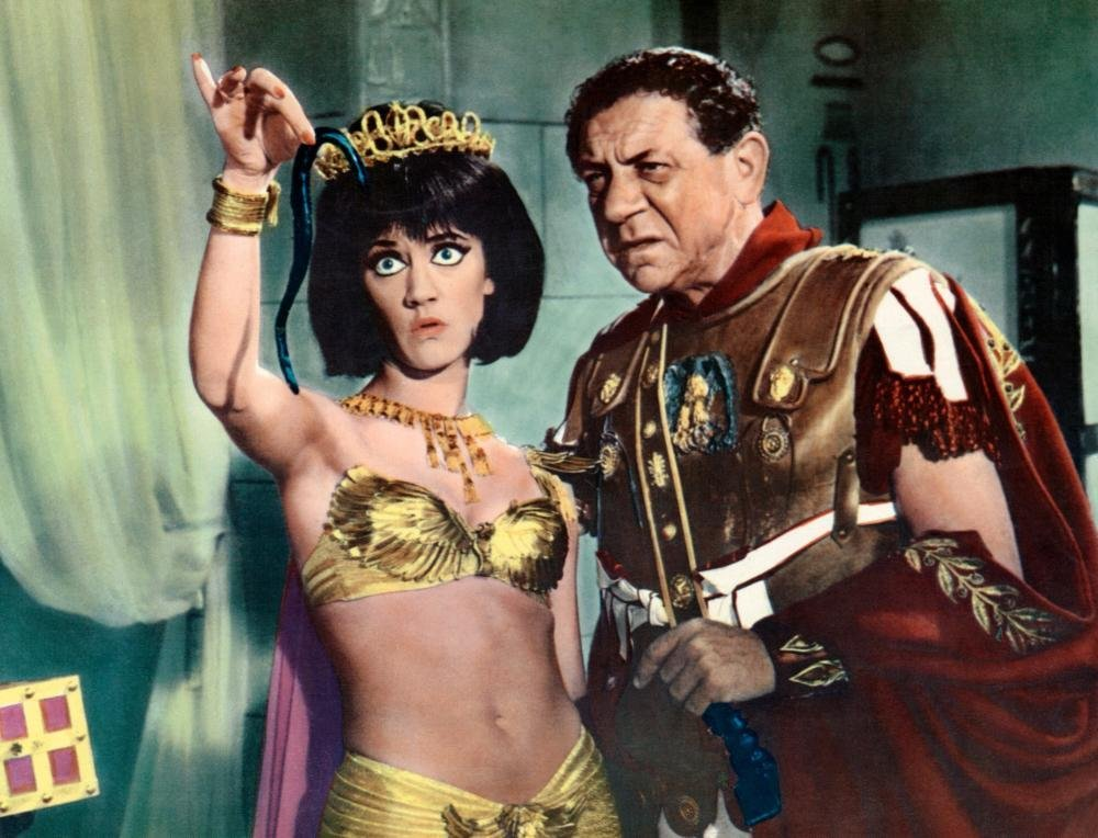 Carry on Cleo