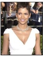 Halle Berry at the 2002 SAG Screen Actors Guild Awards