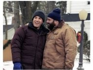 Surviving Christmas Movie Still: Ben Affleck and James Gandolfini
