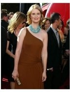 Cynthia Nixon at the 2004 Primetime Emmy awards