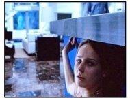The Glass House movie still: Leelee Sobieski