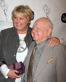 Mickey Rooney and wife Jan