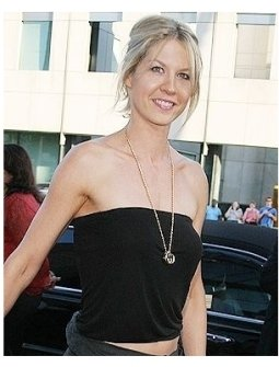 """Jenna Elfman  at """"The Manchurian Candidate"""" Premiere"""