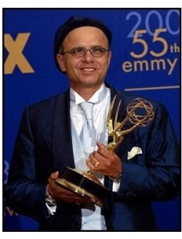 Joe Pantiolano on the backtage at the 2003 Emmy Awards