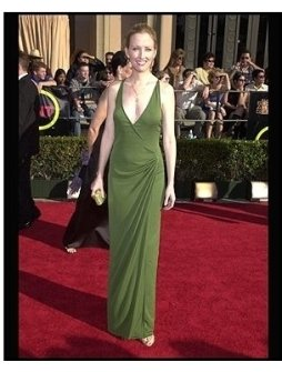 SAG 2002 Fashion: Janel Maloney