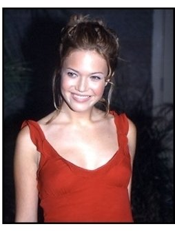 Mandy Moore at the 2000 Billboard Music Awards