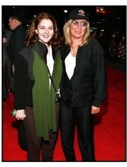 Drew Barrymore and Penny Marshall at the Barbra Streisand Concert