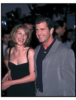 "Mel Gibson and Julia Roberts at the ""Conspiracy Theory"" Premiere"