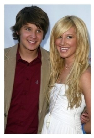 Devon Werkheiser and Ashley Tisdale