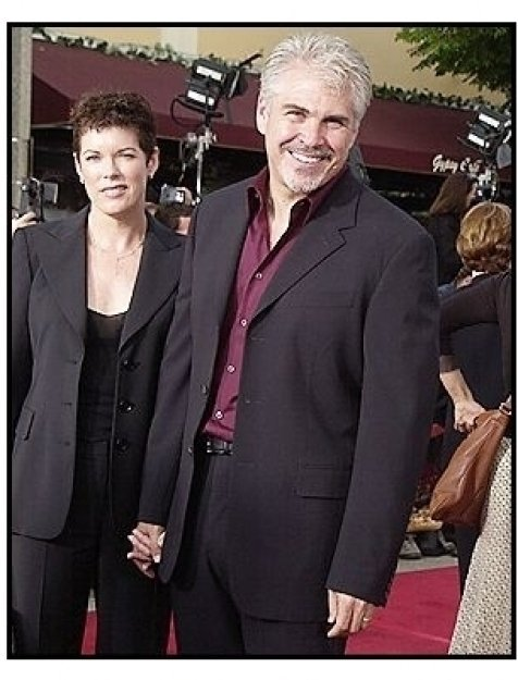 "Director Gary Ross and Allison Thomas at the ""Seabiscuit"" premiere"