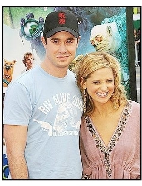 """Freddie Prinze Jr. and Sarah Michelle Gellar at the """"Scooby-Doo 2: Monsters Unleashed"""" Premiere"""