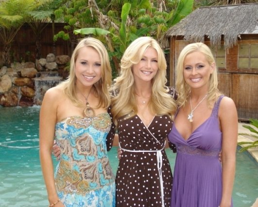 Alana Curry with Brande Roderick and Katie Lohmann