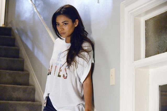 Shay Mitchell, Pretty Little Liars