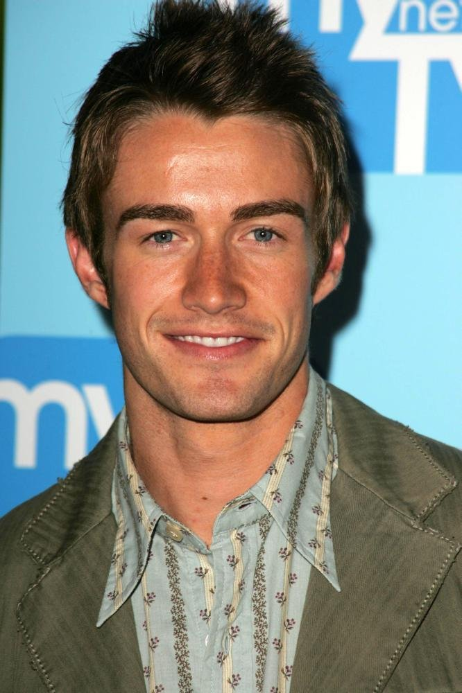 Robert Buckley