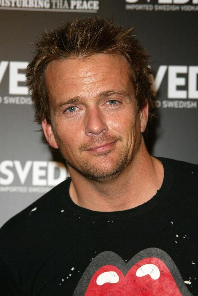 Sean Flanery